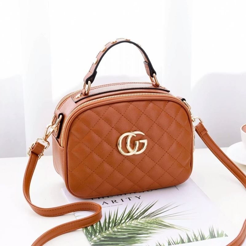 B0023 JKT IDR.162.000 MATERIAL PU SIZE L21.5XH16.5XW11CM WEIGHT 550GR COLOR BROWN