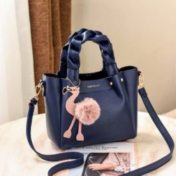 B0197 JKT IDR.183.000 MATERIAL PU SIZE L23XH20XW12CM WEIGHT 750GR COLOR BLUE