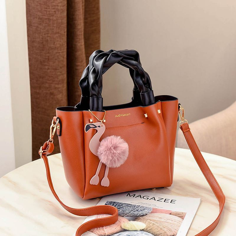 B0197 JKT IDR.183.000 MATERIAL PU SIZE L23XH20XW12CM WEIGHT 750GR COLOR BROWN