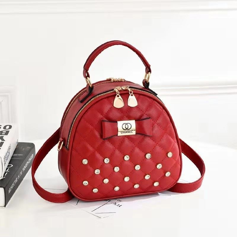 B0219 JKT IDR.168.000 MATERIAL PU SIZE L22XH19.5XW11CM WEIGHT 650GR COLOR RED