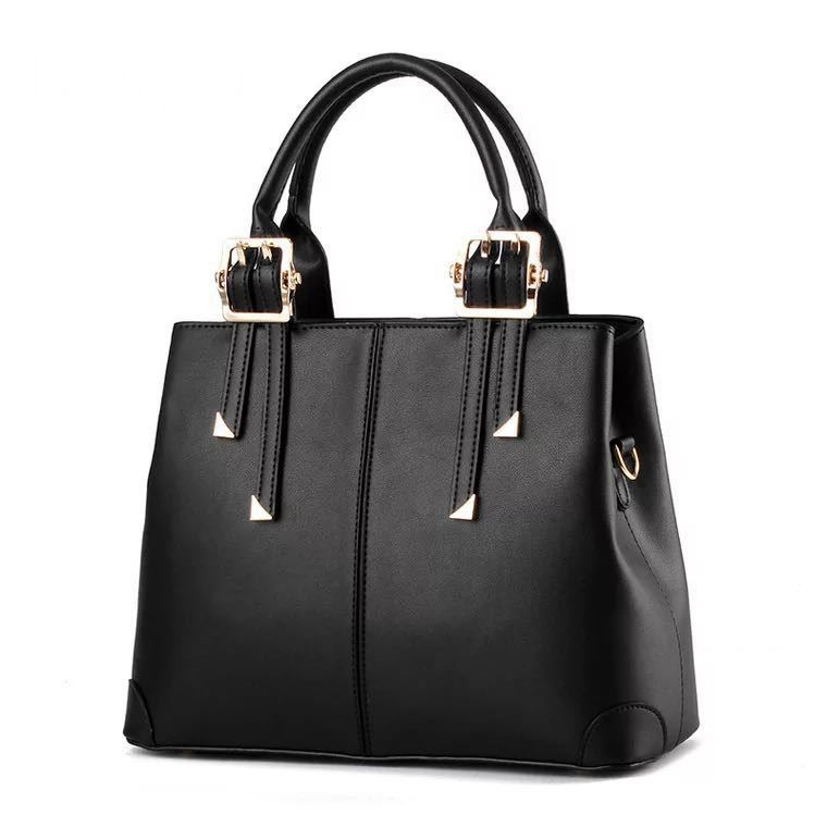 B0618 JKT IDR.180.000 MATERIAL PU SIZE L32XH25XW12CM WEIGHT 700GR COLOR BLACK