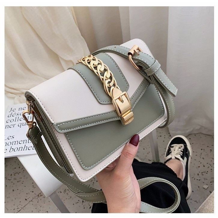 B10052 JKT IDR.172.000 MATERIAL PU SIZE L19.5XH14XW7CM WEIGHT 650GR COLOR GREEN