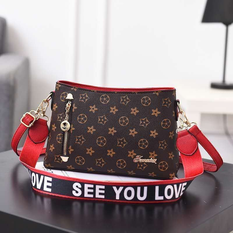 B1243 IDR.162.000 MATERIAL PU SIZE L26.5XH18XW9CM WEIGHT 600GR COLOR FLOWERRED