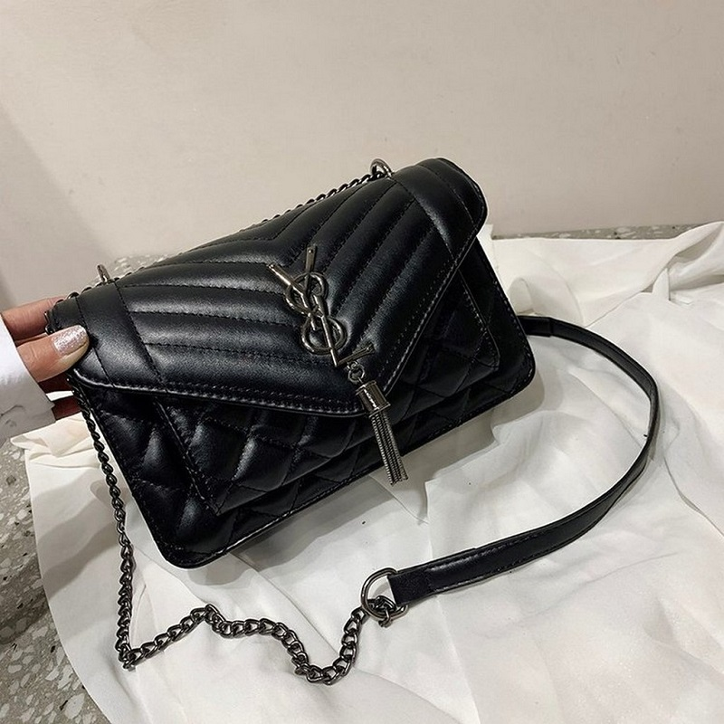 B134340 JKT IDR.142.000 MATERIAL PU SIZE L23.5XH15XW9CM WEIGHT 550GR COLOR BLACK