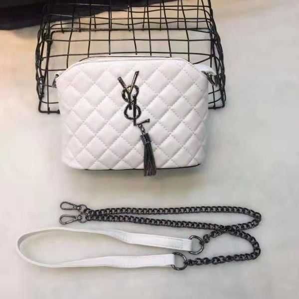 B155422 JKT IDR.155.000 MATERIAL PU SIZE L20.5XH14.5XW10CM WEIGHT 450GR COLOR WHITE