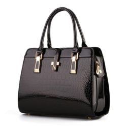 B2702 IDR.173.000 MATERIAL PU SIZE L33XH25XW15CM WEIGHT 900GR COLOR BLACK