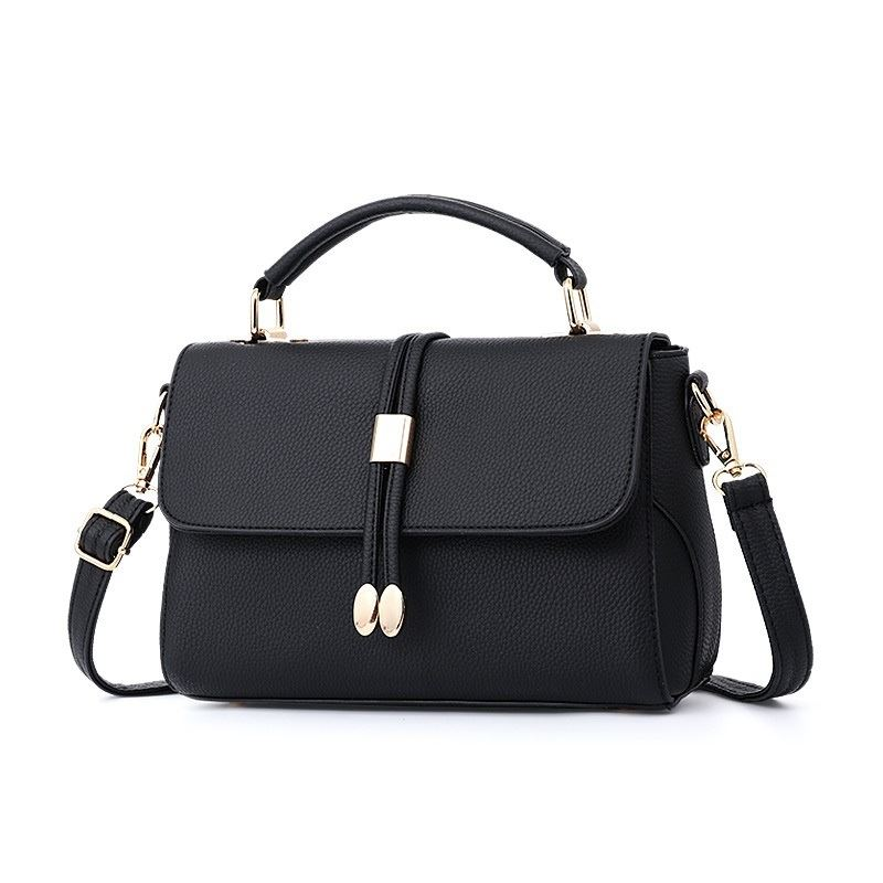 B3369 JKT IDR.167.000 MATERIAL PU SIZE L25XH16XW7CM WEIGHT 700GR COLOR BLACK