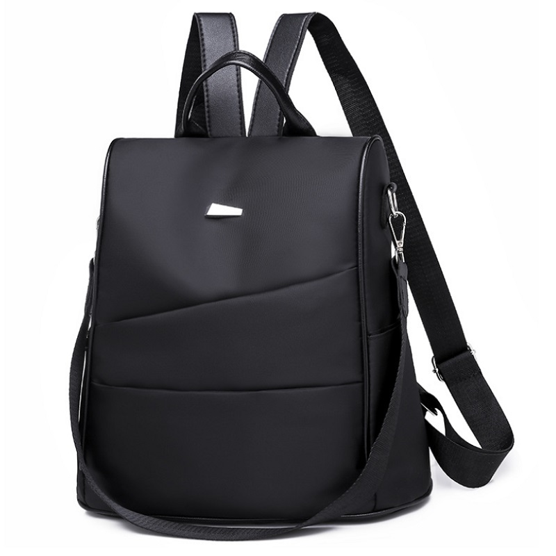 B4423 JKT IDR.165.000 MATERIAL NYLON SIZE L30XH30XW15CM WEIGHT 500GR COLOR BLACK