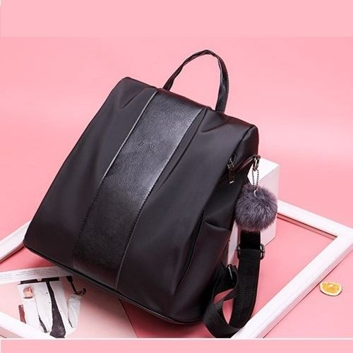 B4427 JKT IDR.163.000 MATERIAL NYLON SIZE L30XH40XW15CM WEIGHT 500GR COLOR BLACK