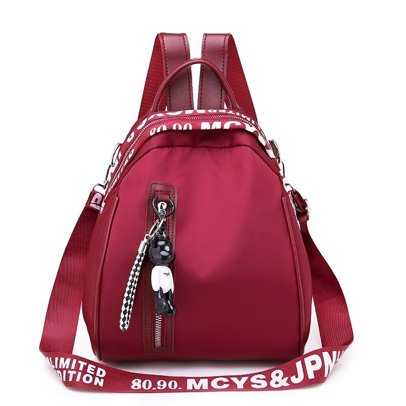 B4513 JKT IDR.161.000 MATERIAL NYLON SIZE L26XH23XW18CM WEIGHT 500GR COLOR RED