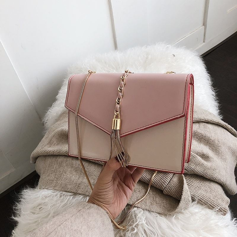 B5530 JKT IDR.155.000 MATERIAL PU SIZE L20XH13.5XW7.5CM WEIGHT 500GR COLOR PINK