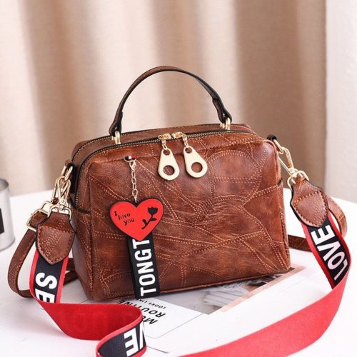 B6366 JKT IDR.170.000 MATERIAL PU SIZE L23XH16XW8CM WEIGHT 650GR COLOR BROWN