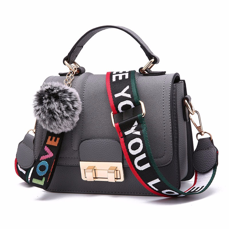 B76608 JKT IDR.167.000 MATERIAL PU SIZE L20XH16XW9CM WEIGHT 600GR COLOR GRAY