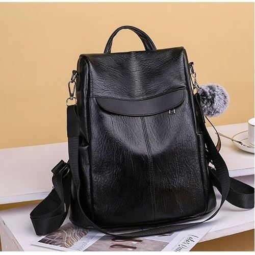 B813451 JKT IDR.162.000 MATERIAL PU SIZE L29XH32XW13CM WEIGHT 500GR  COLOR BLACK