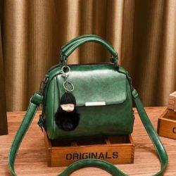 B8160-green Tas Selempang Cantik Gantungan Baby Pom Pom