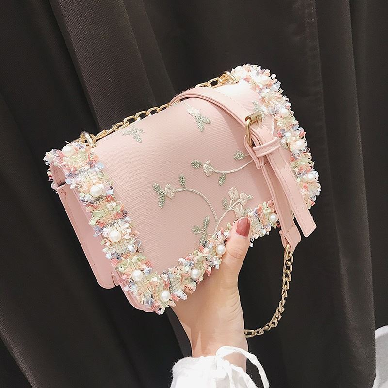 B81644 JKT IDR.135.000 MATERIAL PU SIZE L20XH13XW7CM WEIGHT 500GR COLOR PINK