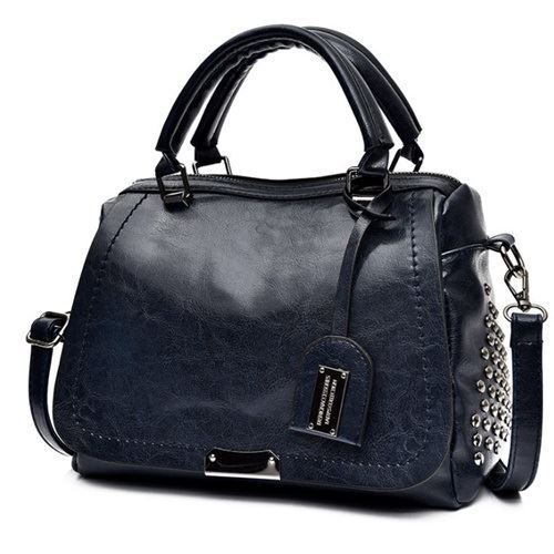B819561 JKT IDR.182.000 MATERIAL PU SIZE L27XH19XW11CM WEIGHT 650GR COLOR BLUE