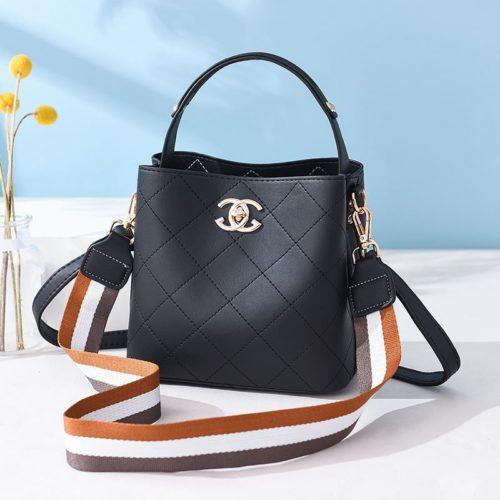 B822-black Tas Selempang Stylish Cantik Import