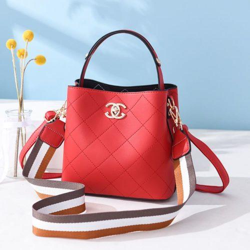 B822-red Tas Selempang Stylish Cantik Import