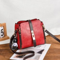 B88090-red Tas Pesta Elegan Gantungan Black Bear Import