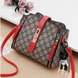 B88090 JKT MATERIAL PU SIZE L20XH19XW10CM WEIGHT 550GR COLOR GDRED