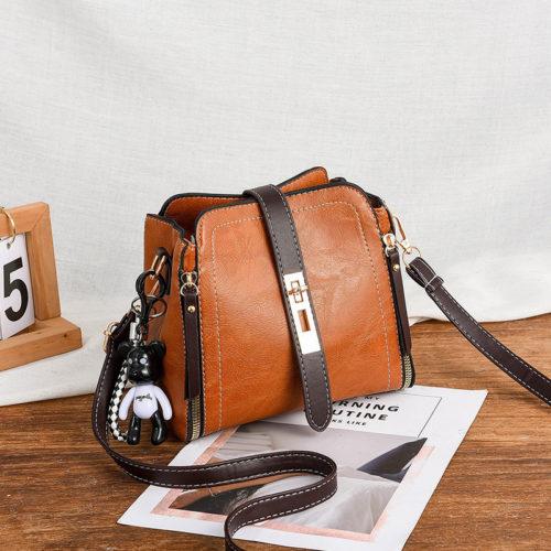 B88090-brown Tas Pesta Elegan Gantungan Black Bear Import