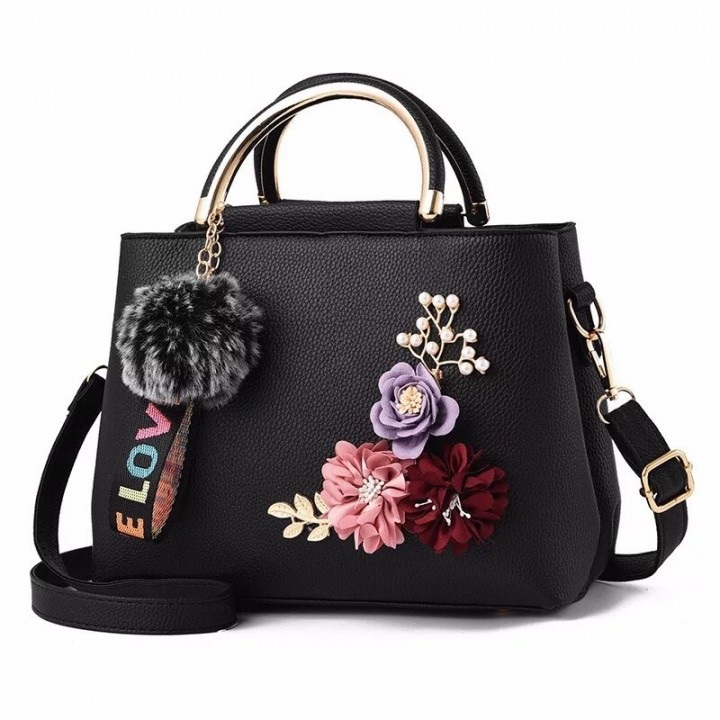 B8859 JKT IDR.167.000 MATERIAL PU SIZE L24XH18XW12CM WEIGHT 650GR COLOR BLACK