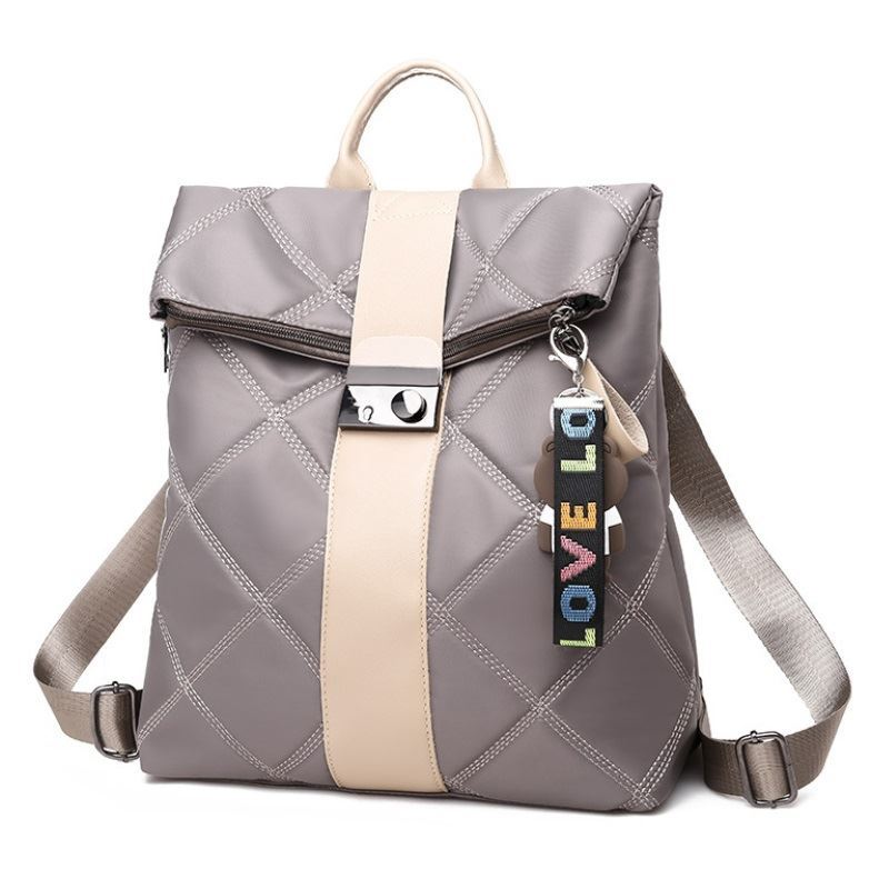 B889 JKT IDR.170.000 MATERIAL NYLON SIZE L30XH38XW14.5CM WEIGHT 550GR COLOR GRAY