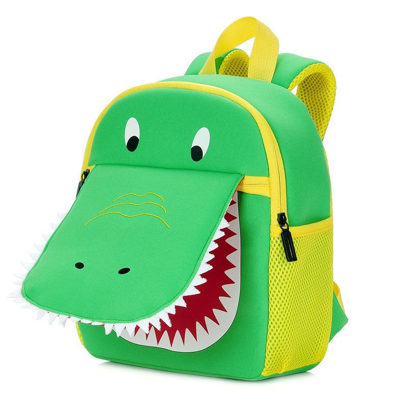 BTH001 JKT IDR.75.000 MATERIAL DIVING-MATERIAL SIZE L22XH30XW9CM WEIGHT 350GR COLOR DINOSAUR