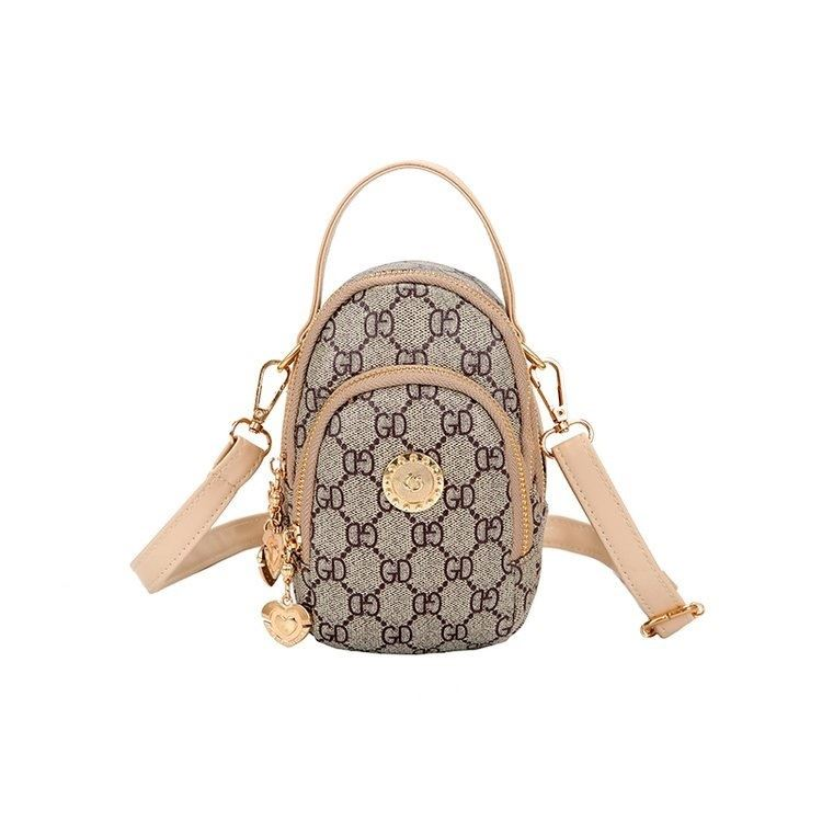 BTH048 JKT IDR.60.000 MATERIAL CANVAS SIZE L12XH18XW7CM WEIGHT 350GR (2 TALI) COLOR BEIGE