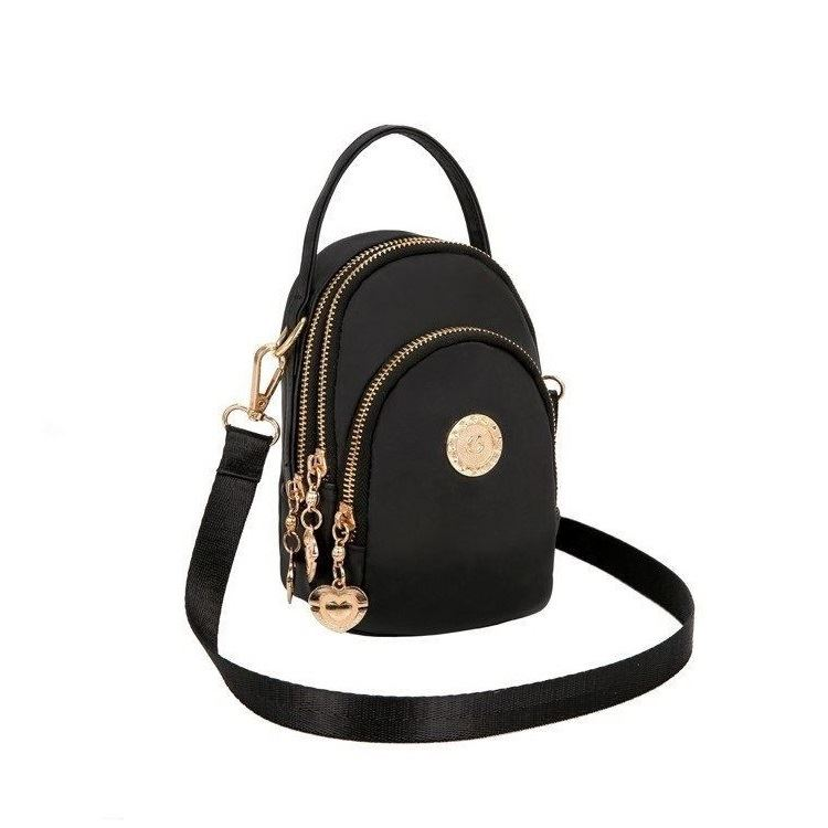 BTH048 JKT IDR.60.000 MATERIAL CANVAS SIZE L12XH18XW7CM WEIGHT 350GR (2 TALI) COLOR BLACK