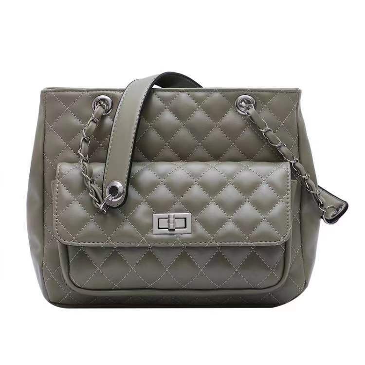 BTH05236 JKT IDR.82.000 MATERIAL PU SIZE L27XH22.5XW11CM WEIGHT 650GR COLOR GRAY