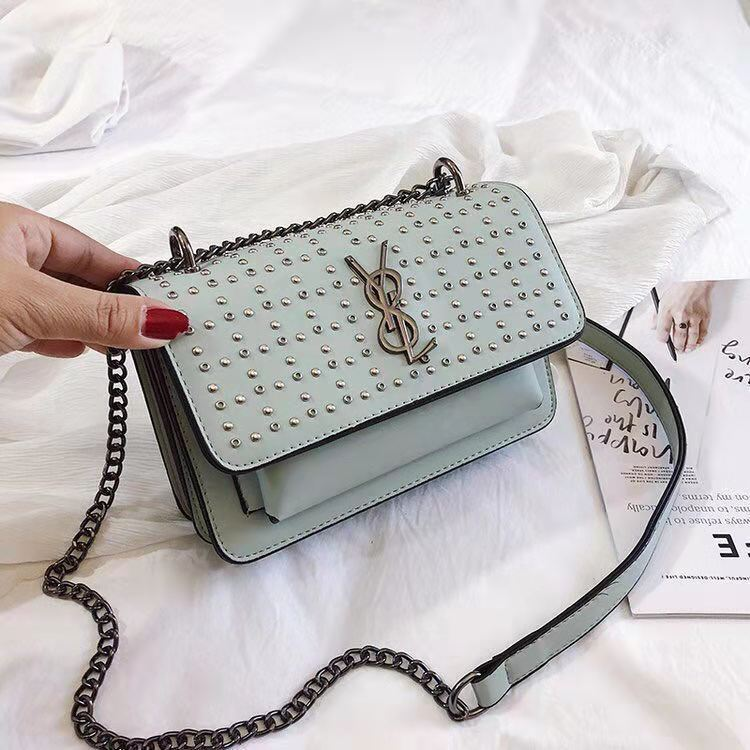 BTH07448 JKT IDR.68.000 MATERIAL PU SIZE L20.5XH14XW7.5CM WEIGHT 650GR COLOR GREEN