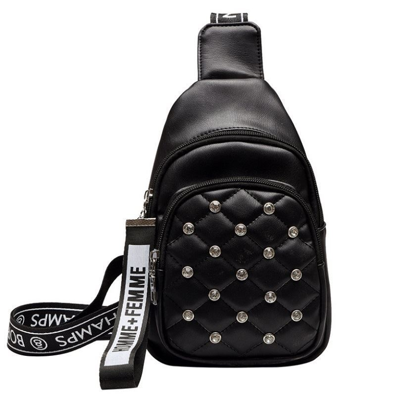 BTH1039 JKT IDR.60.000 MATERIAL PU SIZE L15.5XH24XW10CM WEIGHT 250GR COLOR BLACK