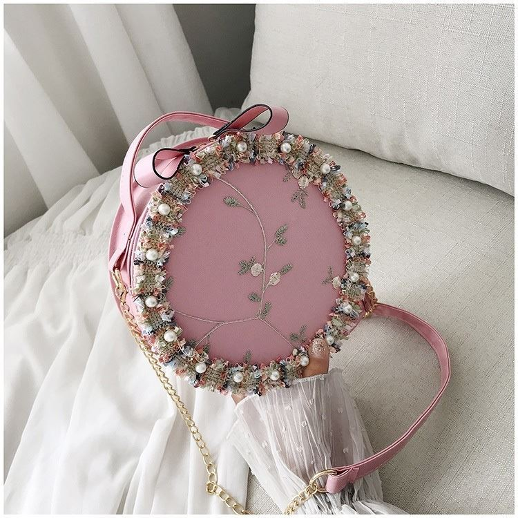 BTH13397 IDR.50.000 MATERIAL PU+LACE SIZE L19XH19XW6CM WEIGHT 250GR COLOR PINK