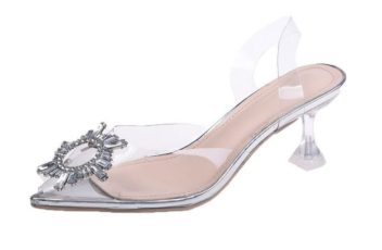 JSH106 IDR.180.000 MATERIAL PU HEEL 5CM COLOR SILVER WEIGHT 700GR SIZE 36,37,38,39,40