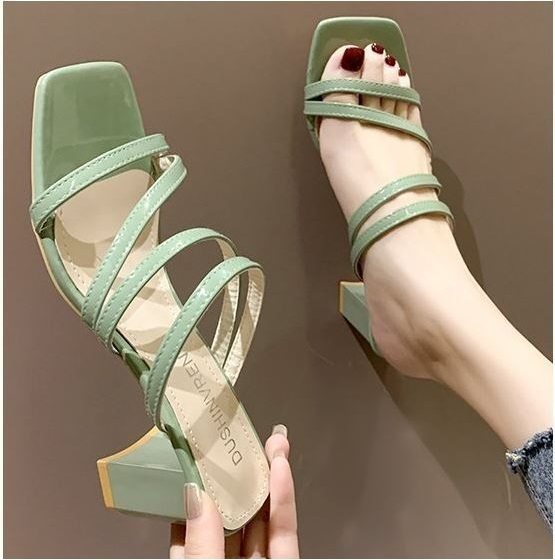 JSH19308 IDR.160.000 MATERIAL PU HEEL 6 CM COLOR GREEN WEIGHT 700GR  SIZE 35,36,37,38,39
