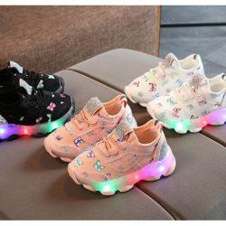 JSK618-pink Sepatu Sport Butterfly Imut Import (LED)