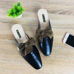 JSS8090-black Sandal Slip On Wanita Cantik Import