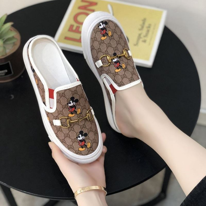 JSSG02 IDR.145.000 MATERIAL CANVAS COLOR WHITE WEIGHT 600G SIZE 35,36,37,38,39,40