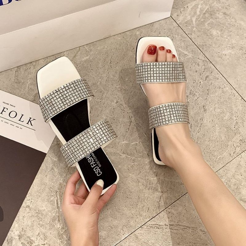 JSSW66 IDR.55.000 MATERIAL PU COLOR WHITE WEIGHT 500GR SIZE 36,38,39,40