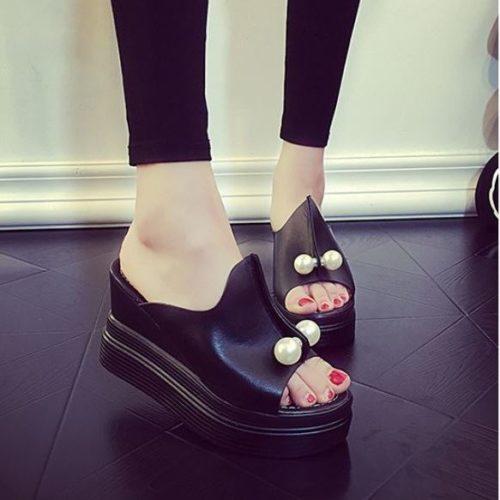 JSWC35-black Sandal Wedges Wanita Cantik Import