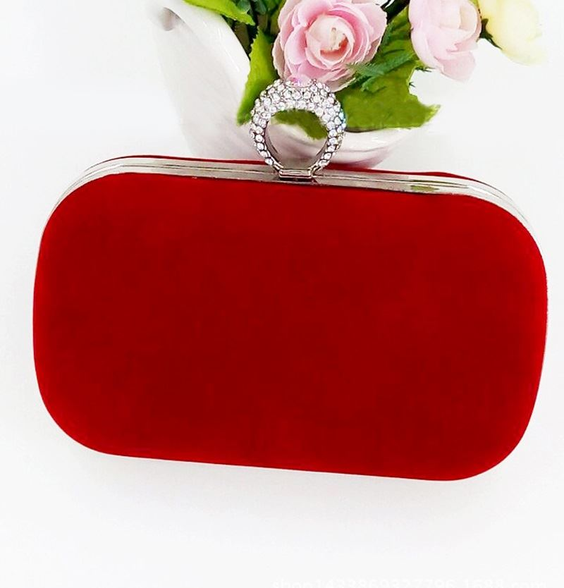 JT0025 IDR.153.000 MATERIAL VELVET SIZE L16XH13XW4CM WEIGHT 400GR COLOR RED