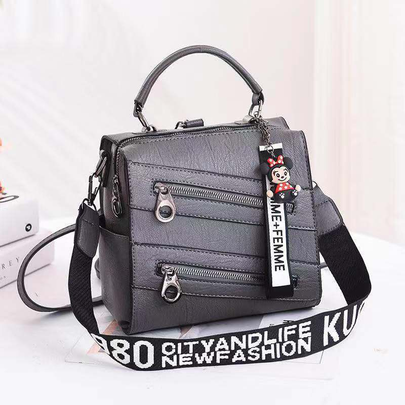 JT003 IDR.172.000 MATERIAL PU SIZE L21XH20XW13CM WEIGHT 750GR COLOR GRAY