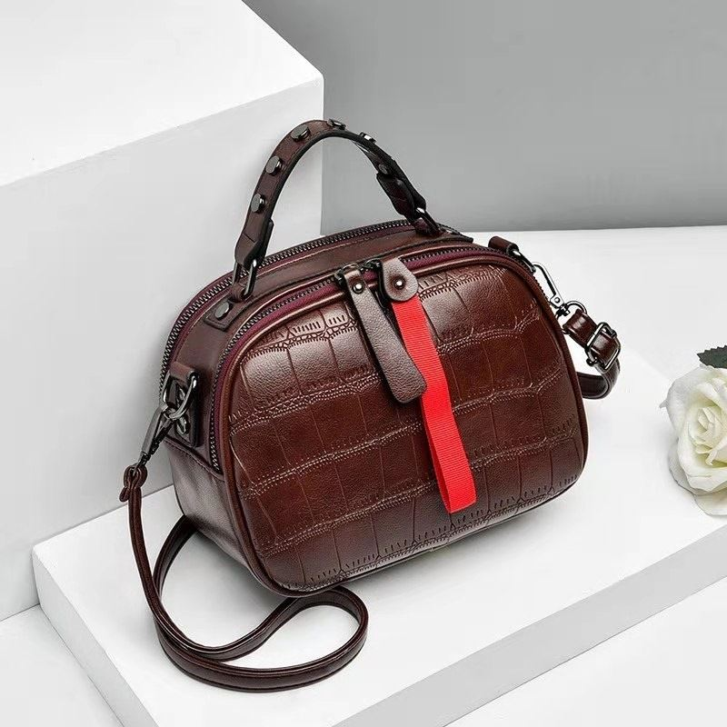 JT0030 IDR.165.000 MATERIAL PU SIZE L20XH16XW10CM WEIGHT 500GR COLOR BROWN