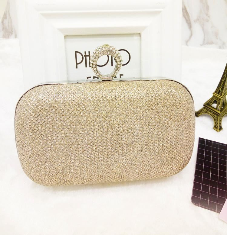 JT0046 IDR.153.000 MATERIAL PU SIZE L16XH14XW6CM WEIGHT 400GR COLOR GOLD