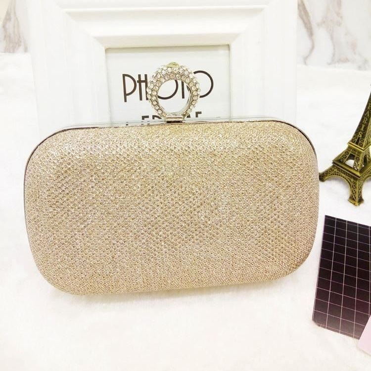 JT0046 IDR.170.000 MATERIAL PU SIZE L16XH14XW6CM WEIGHT 400GR COLOR GOLD
