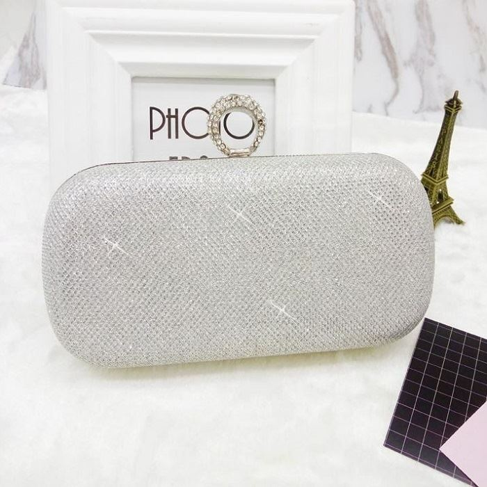 JT0046 IDR.170.000 MATERIAL PU SIZE L16XH14XW6CM WEIGHT 400GR COLOR SILVER