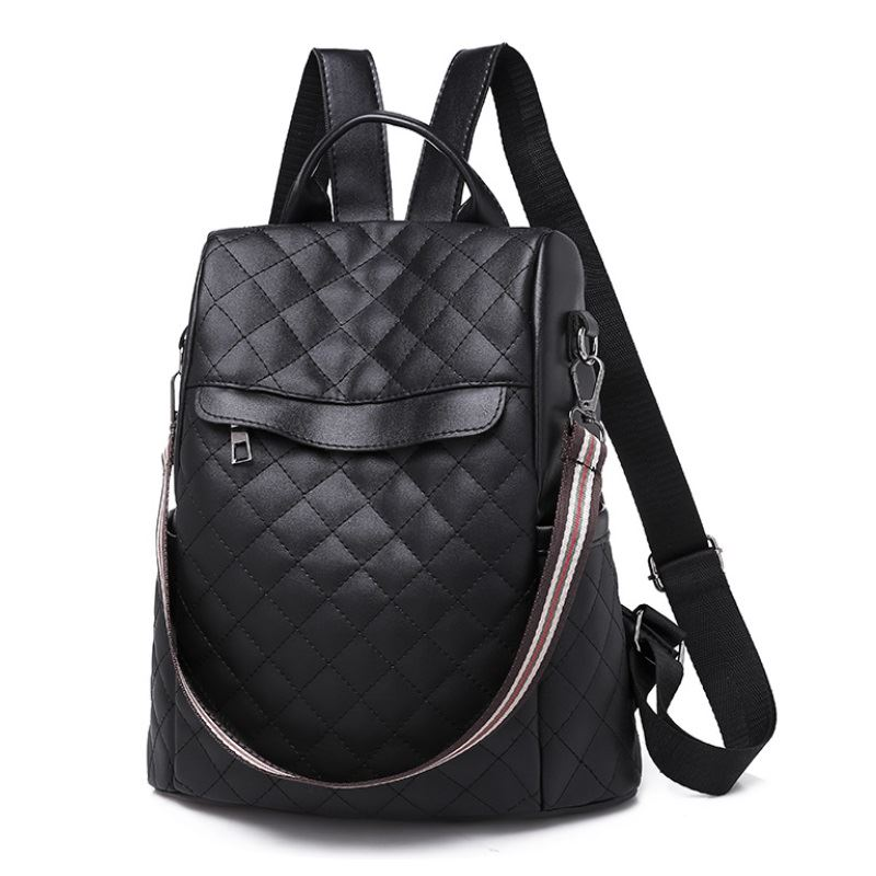 JT01069A IDR.160.000 MATERIAL OXFORD SIZE L28XH30XW11CM WEIGHT 450GR COLOR BLACK