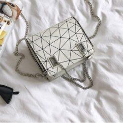 JT01747-white Tas Selempang Fashion Tali Rantai Cantik